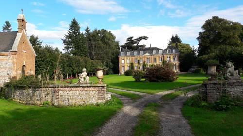 chateau du mont perreux : Bed and Breakfast near Saint-Martin-du-Vivier