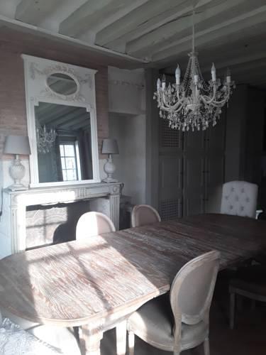 La Capitainerie : Guest accommodation near Pocé-sur-Cisse
