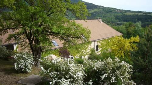Auberge du Goutarou : Guest accommodation near Prébois