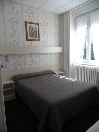 Hôtel Saint Jean : Hotel near Vals-les-Bains