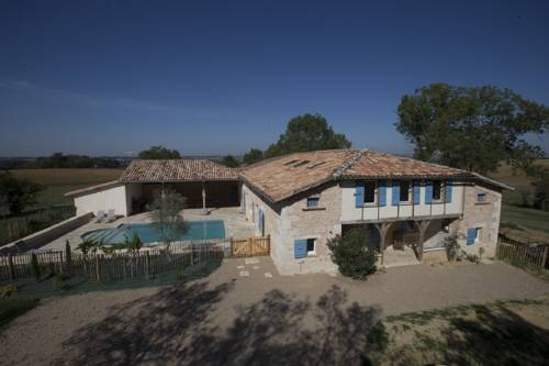 Un Air de Famille : Guest accommodation near Mauvezin