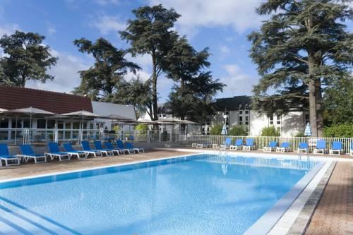 Mercure Evry Parc du Coudray : Hotel near Morsang-sur-Seine