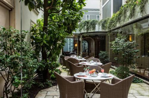 Hotel Des Saints Peres - Esprit de France : Hotel near Paris 6e Arrondissement