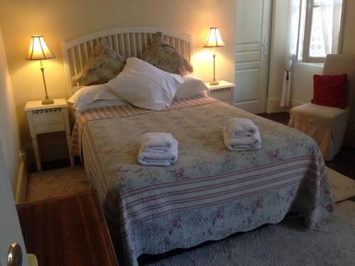 Repos à Ribérac B&B : Bed and Breakfast near Ribérac