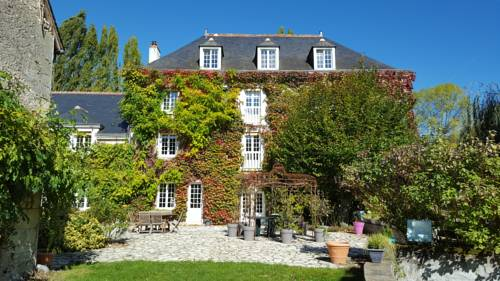 Moulin De Bacchus : Bed and Breakfast near Noizay
