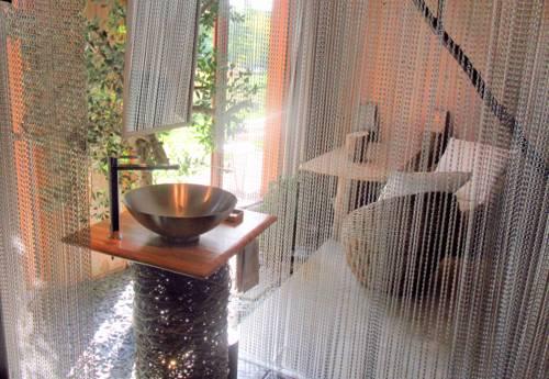D'une Autre Nature : Bed and Breakfast near Monteaux