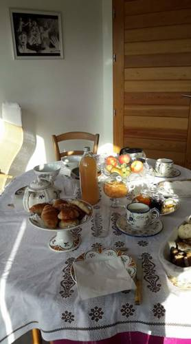 L'espace-temps : Bed and Breakfast near Brossainc
