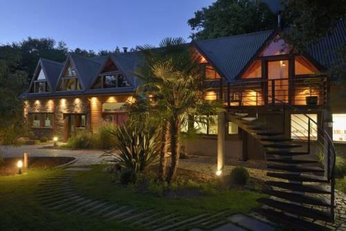 la maison dans les bois : Guest accommodation near Baracé