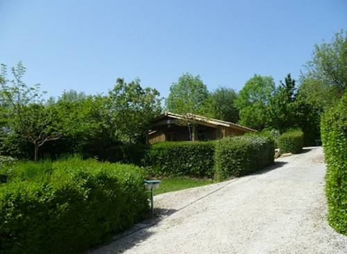 Camping Pré-Fixe : Guest accommodation near Peyrouzet