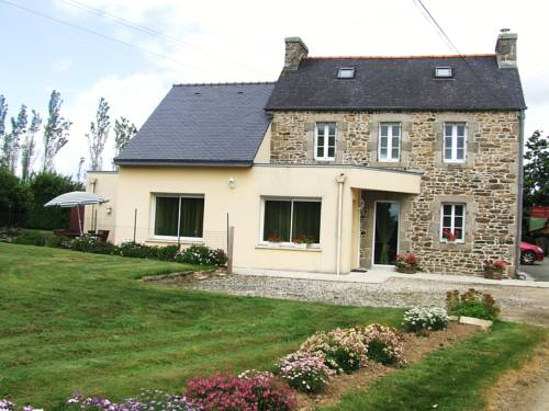 Chambres d'hotes de Frédé : Bed and Breakfast near La Roche-Maurice