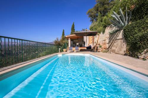 Villa St. Cezaire : Guest accommodation near Saint-Cézaire-sur-Siagne