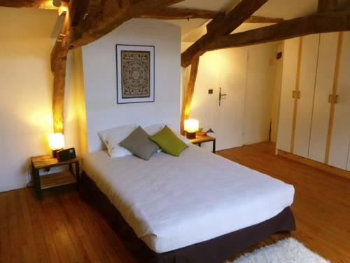 Gite CAP de BOUÉOU : Guest accommodation near Aux-Aussat