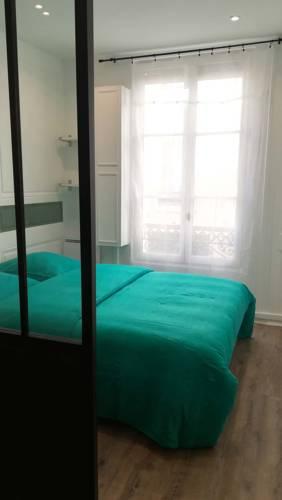 La Ritournelle : Apartment near Buc