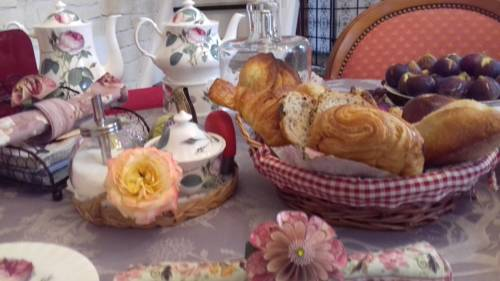 LA CLOSERAIE Chambre d'Hotes : Bed and Breakfast near Montreuil-Juigné