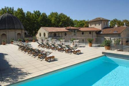 Hôtel Cloitre Saint Louis Avignon : Hotel near Avignon