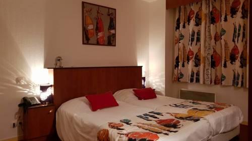 Kyriad Hotel - Restaurant Carentan : Hotel near Carentan