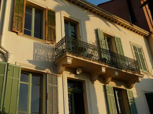 Les Palmiers : Hotel near Alpes-Maritimes
