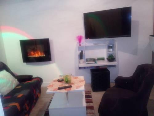 Loft Les Tourelles : Apartment near Andon