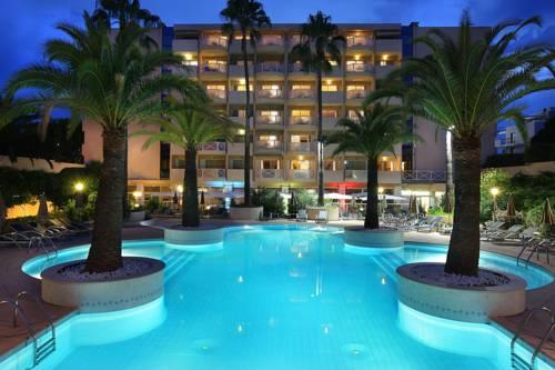 Hotels Near Marineland Antibes