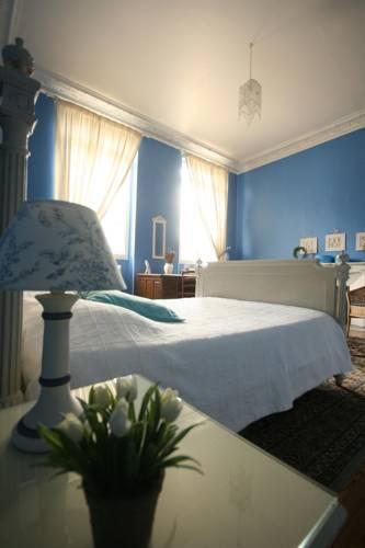 La Carrière l'Evêque : Bed and Breakfast near Ambrief