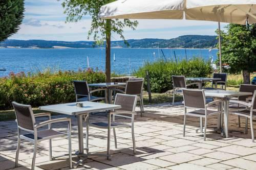 Les Terrasses Du Lac : Hotel near Saint-Alban-en-Montagne