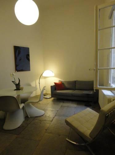 Palais des Rois d'Aragon : Apartment near Montpellier