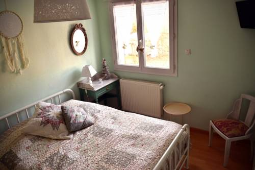 Douce vallee : Bed and Breakfast near Viry