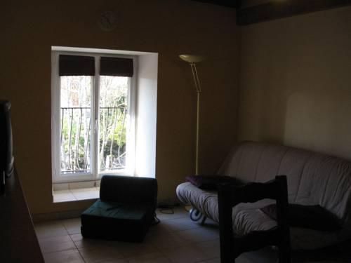 Chez Robert et Catherine : Bed and Breakfast near Saint-Laurent-la-Roche