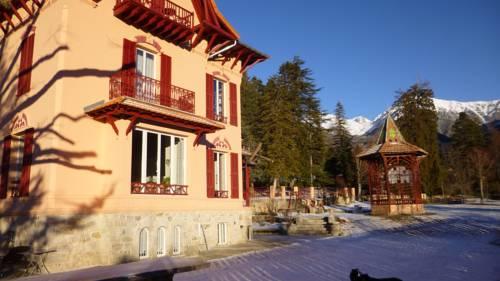 Villa Les Cedres : Bed and Breakfast near Roquebillière
