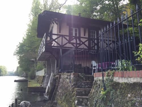 Chez Anne & Fred : Guest accommodation near Saint-Denis-en-Val