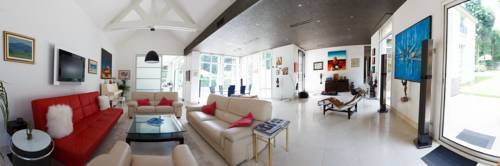 Villa Castoria : Bed and Breakfast near Saint-Germain-en-Laye