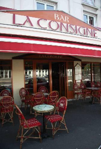 La Consigne : Hotel near Caen