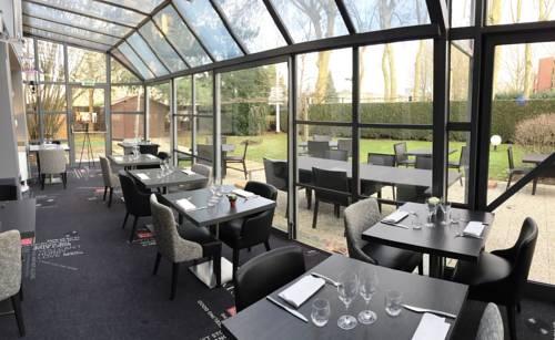 Best Western Paris Saint Quentin : Hotel near Montigny-le-Bretonneux