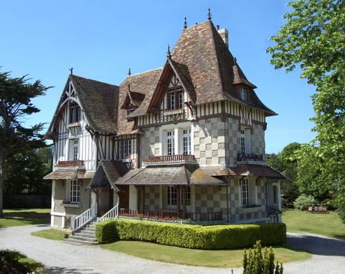 Le Clos des Pommiers : Bed and Breakfast near Anneville-sur-Mer