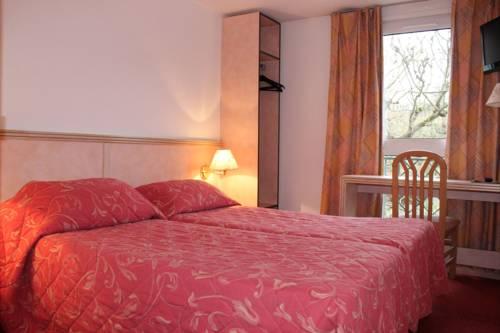 Hotel Le Village : Hotel near Saint-Aubin