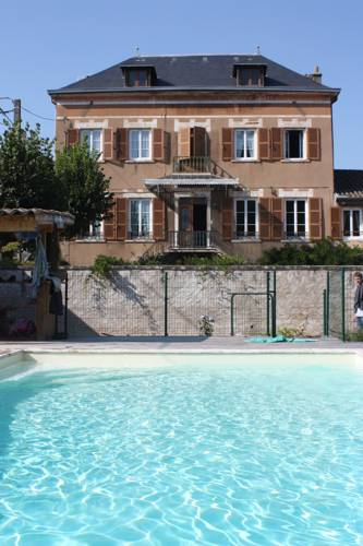 Le Clos des Tanneurs : Bed and Breakfast near Genouilleux