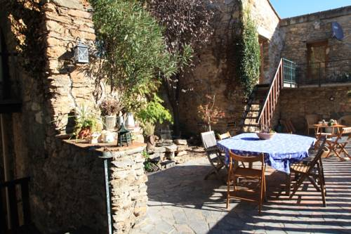 Les 3 Moulins : Guest accommodation near Fos