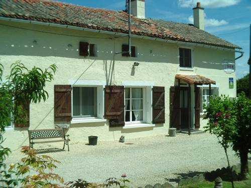 Le Jardin de Rose : Bed and Breakfast near Romagne
