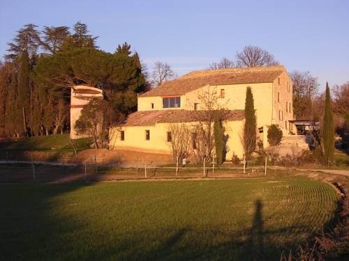 Maison d'hôtes La Grande Bastide : Guest accommodation near Oraison