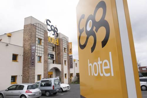 Egg Hotel Goussainville CDG : Hotel near Louvres