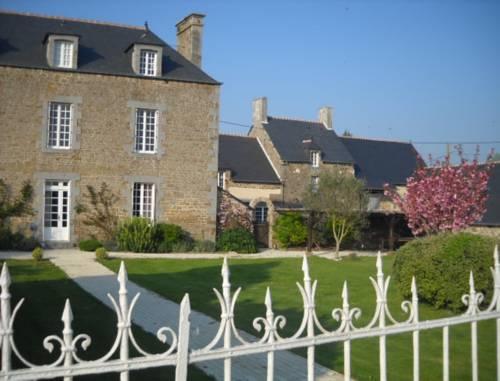 hotel dol de bretagne hotels near dol de bretagne 35120 france. Black Bedroom Furniture Sets. Home Design Ideas