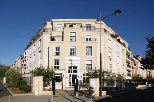 City Résidence Marne-La-Vallée-Bry-Sur-Marne : Guest accommodation near Saint-Maur-des-Fossés