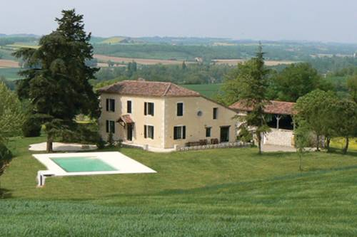 Domaine Gajolles : Bed and Breakfast near Vic-Fezensac