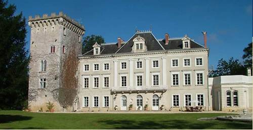 Chateau d'Hordosse : Bed and Breakfast near Andiran