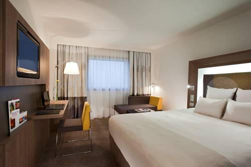 Novotel Paris La Defense : Hotel near Courbevoie