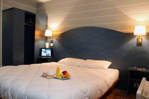 Hôtel Bleu France : Hotel near Cergy