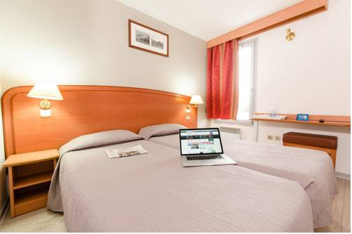 Hôtel Confort - Meaux : Hotel near Barcy