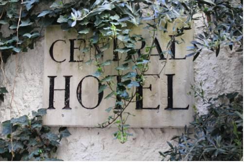 Hôtel Central : Hotel near Avignon