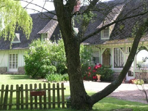 Gites du Clos Vorin : Apartment near La Noë-Poulain