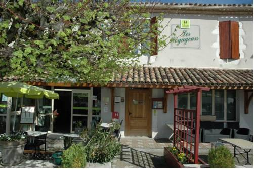 Logis Hôtel Les Voyageurs : Hotel near Masquières